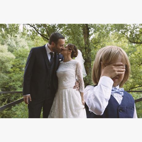 wedding, matrimonio, intimate wedding, son wedding, son, blonde child, children, wood, swirly bokeh, bokeh, fotografo